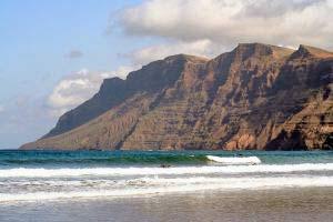 Surfer-Strand auf Lanzarote