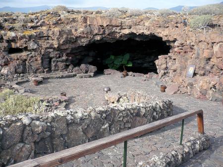 Höhle Cueva de los Verdes
